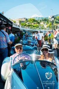 Corrado Lopresto et son épouse au volant de l'Alfa Romeo Aprile à Saint-Jean-Cap-Légendes édition 2015 - Concours et Exposition de voitures de collection