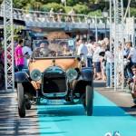 Défilé de la Buick D44 à Saint-Jean-Cap-Légendes édition 2015 - Concours et Exposition de voitures de collection