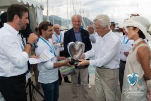 Lauréat du Concours d'état – Catégorie Authentique pour la Bugatti Atalante 57C de 1938 remis par le partenaire Lacoste Monte-Carlo
