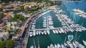 Vue aérienne sur le Port de Plaisance à Saint-Jean-Cap-Ferrat Légendes édition 2015