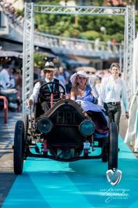 Défilé à bord de la Fiat Tipo 2 à Saint-Jean-Cap-Légendes édition 2015 - Concours et Exposition de voitures de collection