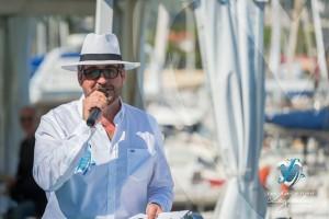 Matthieu Lamoure, de la maison Artcurial, présentateur du Concours d'élégance en Automobile à Saint-Jean-Cap-Légendes édition 2015