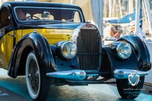 L'arrivée de la Bugatti Type 57C Atalante de 1938 au Concours d'Etat à Saint-Jean-Cap-Légendes édition 2015