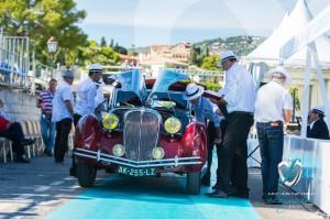 Delahaye 135M Figoni et Falaschi de 1946 en pleine inspection par le jury du Concours d'état à Saint-Jean-Cap-Légendes édition 2015