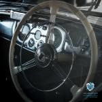 L'intérieur de la Lancia Astura Cabriolet Pinin Farina de 1937 à Saint-Jean-Cap-Légendes édition 2015 - Concours d'état