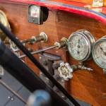 Coup d'oeil sur les jauges de la Stanley Model R à vapeur de 1910 à Saint-Jean-Cap-Légendes édition 2015 - Concours d'état