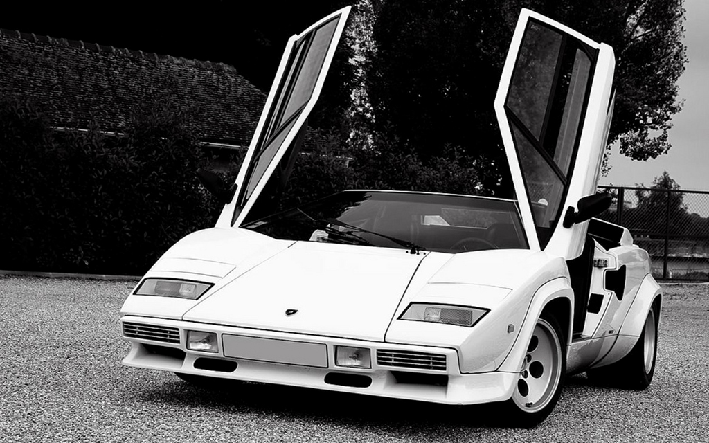 Lamborghini Countach au concours Youngtimers