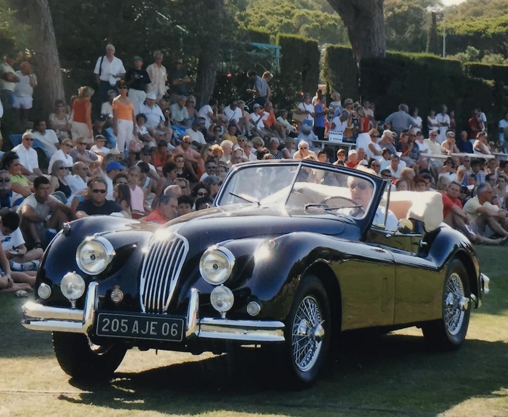 Jaguar XK 140 SE au Concours d'État