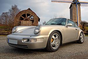 Porsche - 964 Carrera 4 au Concours Youngtimers